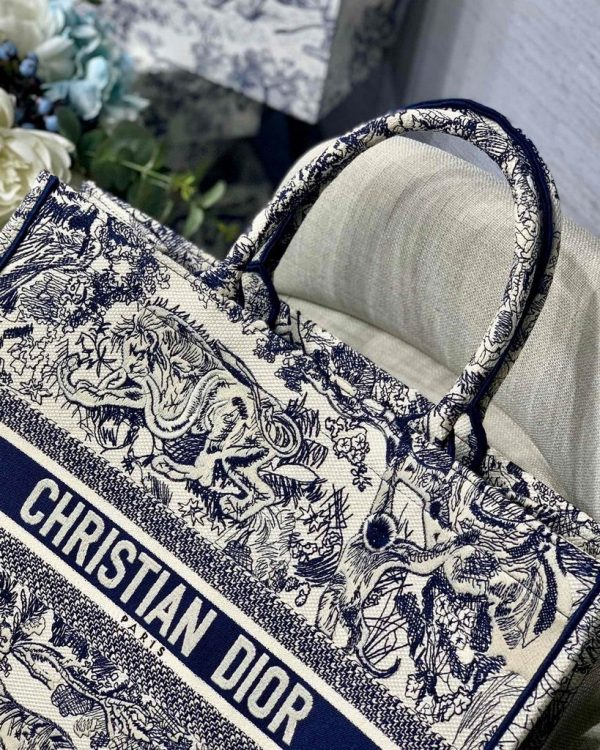 Dior Book Tote M1286 Blue Toile de Jouy Embroidery - luxibagsmall