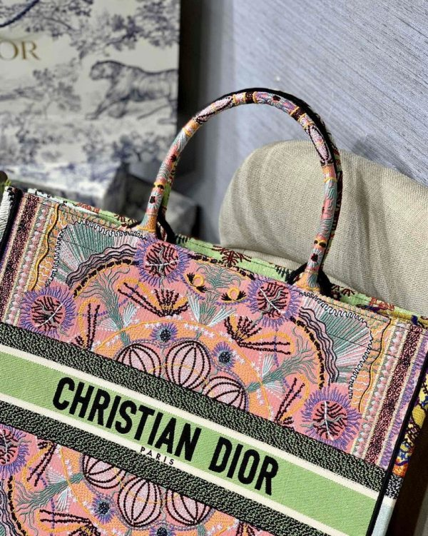 Dior Book Tote M1286 Pink Multicolor Dior In Lights Embroidery - luxibagsmall