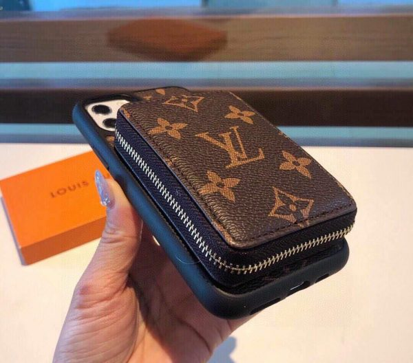 Louis Vuitton Apple Iphone Leather Premium Deluxe Phone Case Protection 10106 - luxibagsmall