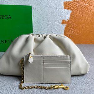 bottega veneta bv 576227 pouch fondant 6671 white 0