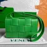 bottega veneta bv 578004 cassette cross body bag 58890 109
