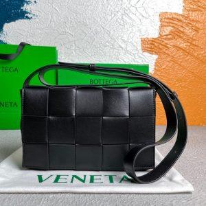 bottega veneta bv 578004 cassette cross body bag 58890 73