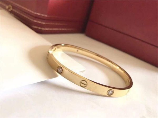 Cartier Bangle Designer Love Bracelet SM 20201 - luxibagsmall