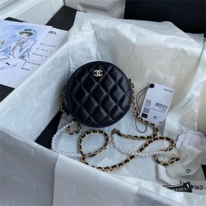 chanel as1898 small round bag n7373 b03446 shiny lambskin black1