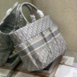 dior-m1279-dior-catherine-tote-bag-dior-oblique-embroidery-gray-13