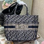 Dior M1279 Catherine Tote Bag Dior Oblique Embroidery Navy Blue - luxibagsmall