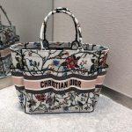 dior-m1279-dior-catherine-tote-bag-dior-oblique-embroidery-rosa-mutabilis-2