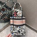 dior-m1279-dior-catherine-tote-bag-dior-oblique-embroidery-rosa-mutabilis-3
