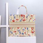 dior-m1296-book-tote-christian-dior-small-beige-multicolork-3