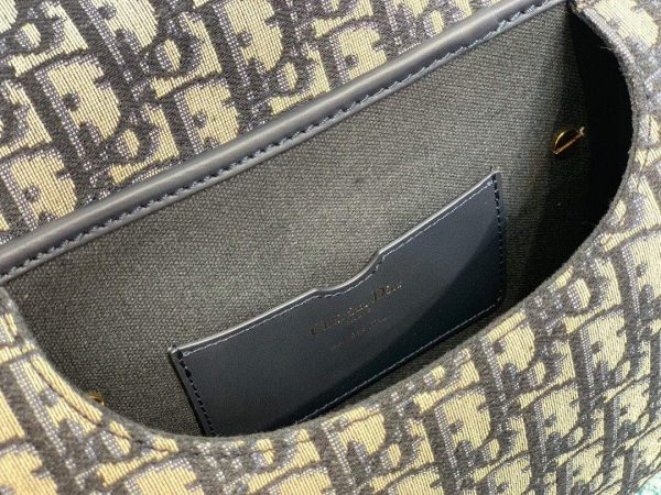 Dior M9319 Dior Bobby Medium Crossbody Bag Oblique Jacquard Navy Blue - luxibagsmall