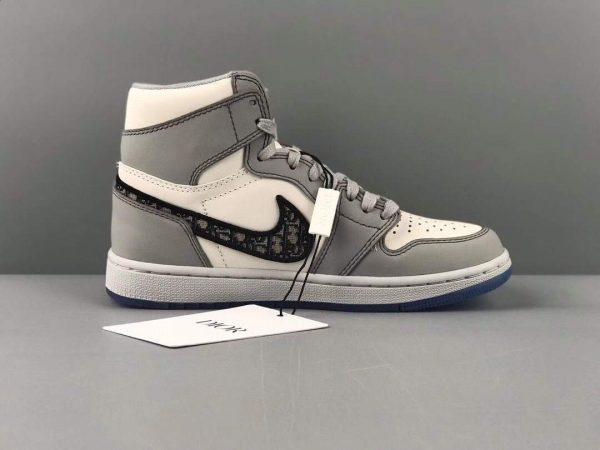Dior Men's Women's Limited-edition Air Jordan 1 High OG Dior Sneaker - luxibagsmall