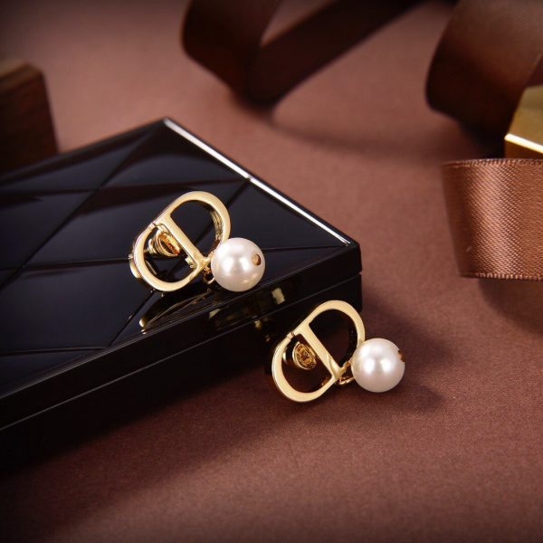 Dior Petit CD Earrings Gold-Finish Metal and White Resin Pearls 20191 - luxibagsmall