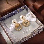 Dior Petit CD Earrings Gold-Finish Metal and White Resin Pearls 20200 - luxibagsmall