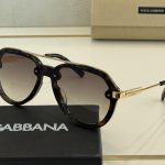 dolcegabbana-sunglasses-luxury-dg-sport-fashion-show-sunglasses-3_6e1a3b62-ac5e-4610-be05-427e48a0b1d3