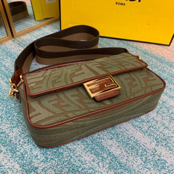Fendi 8BR600 Baguette Embroidered Canvas Bag Green - luxibagsmall