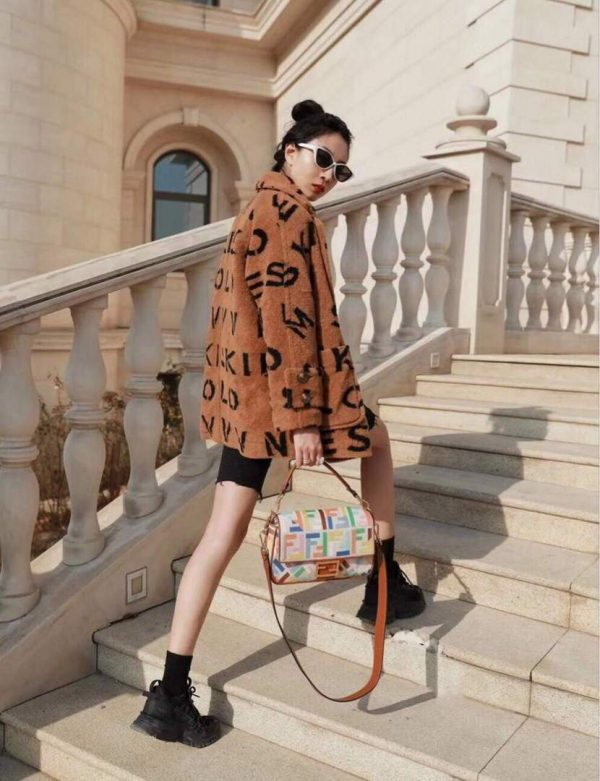 Fendi 8BR600 Baguette Embroidered Canvas Bag Multicolour - luxibagsmall