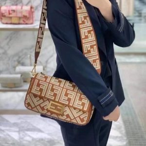 Fendi 8BR600 Baguette Leather Bag With FF Embroidery 8372 Brown - luxibagsmall