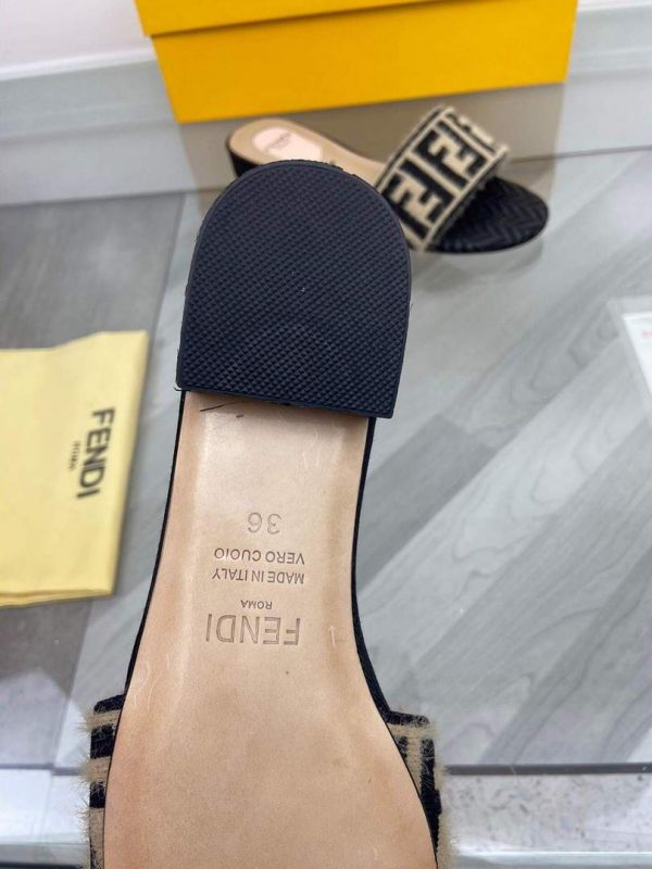 Fendi 8R8092 FF Interlace Leather Slides Flats Shoes Apricot - luxibagsmall