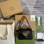 gucci 547260 gg marmont mini crocodile pattern top handle bag 1