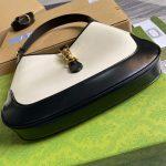 gucci-636706-jackie-vintage-underarm-bag-white-and-black-6