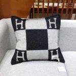 hermes-avalon-casaque-pillow-29900-small-model-5