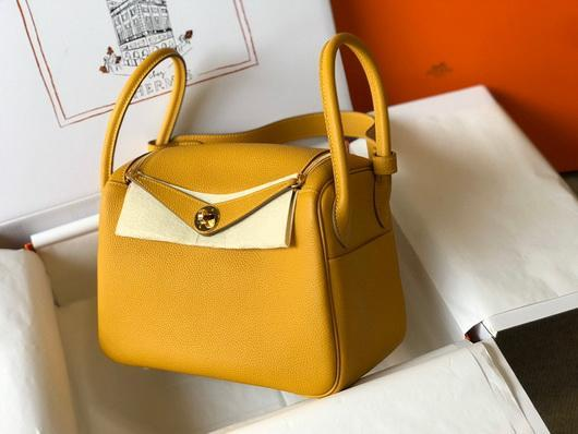 Hermes Lindy 26cm Designer Tote Shoulder Bags Yellow Gold - luxibagsmall