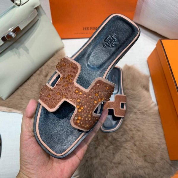 Hermes Women's Oran Leather Sandal Tan 81150 - luxibagsmall