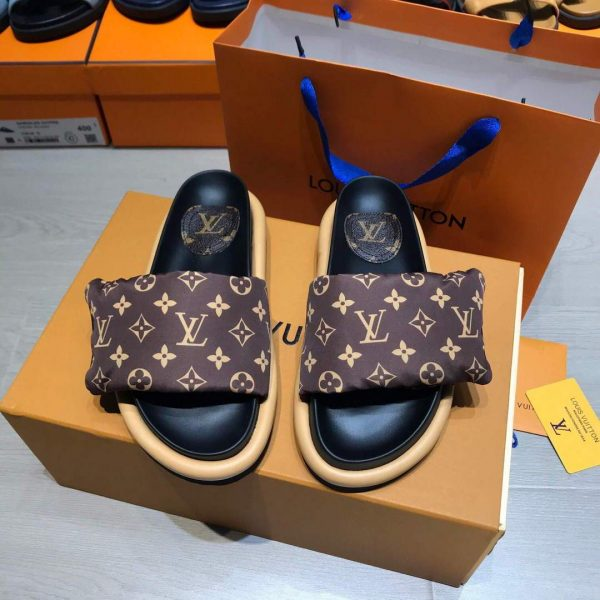 Louis Vuitton 1A98GU Pool Pillow Comfort-Mule LV Slippers Brown - luxibagsmall