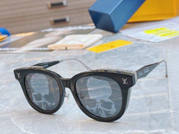 Louis Vuitton Sunglasses Luxury LV Sports Fashion Show Sunglasses 992409 - Voguebags