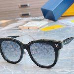 Louis Vuitton Sunglasses Luxury LV Sports Fashion Show Sunglasses 992415 - Voguebags