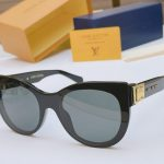 Louis Vuitton Sunglasses Luxury LV Sports Fashion Show Sunglasses 992400 - Voguebags