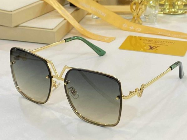 Louis Vuitton Sunglasses Luxury LV Sport Fashion Show Sunglasses 992132 - Voguebags