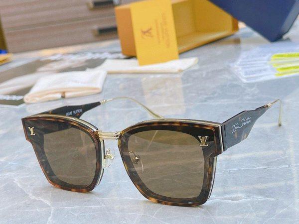 Louis Vuitton Sunglasses Luxury LV Sports Fashion Show Sunglasses 992408 - Voguebags