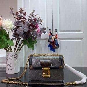 Louis Vuitton M90566 LV Wynwood Monogram Vernis Bag M90516 Silver and black - Voguebags