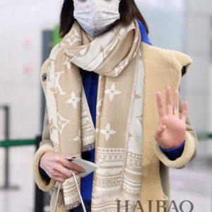 lv scarves louis vuitton monogram shawl scarf 71