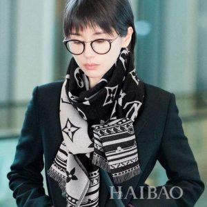 lv scarves louis vuitton monogram shawl scarf 81